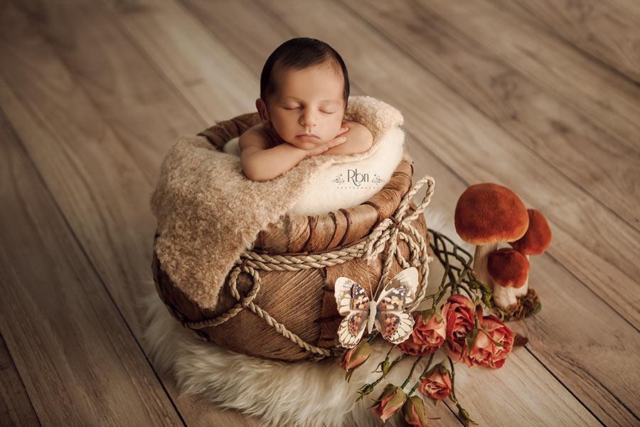 reportaje bebe-fotos estudio bebes-fotografo recien nacido-book bebe-fotografia bebes madrid-book bebes-fotografo bebes madrid-fotos de estudio de bebes-reportaje fotografico bebe