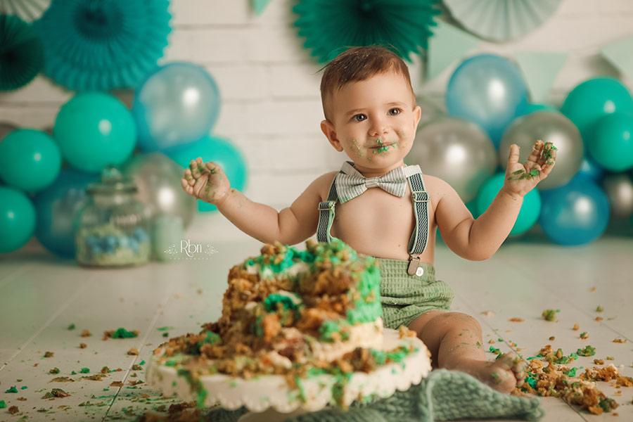 sesion smash cake-sesion fotos smash cake-fotografo smash cake-reportaje smash cake-fotos estudio smash cake-book smash cake-fotografia smash cake madrid-fotografos smash cake